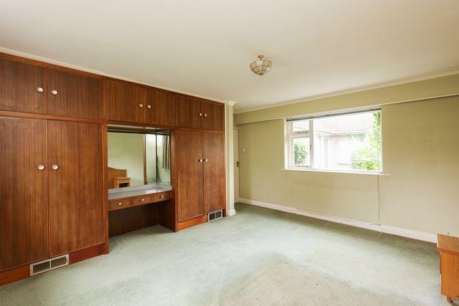 Bedroom 2 of Hollow Lane, Halfway, Sheffield S20
