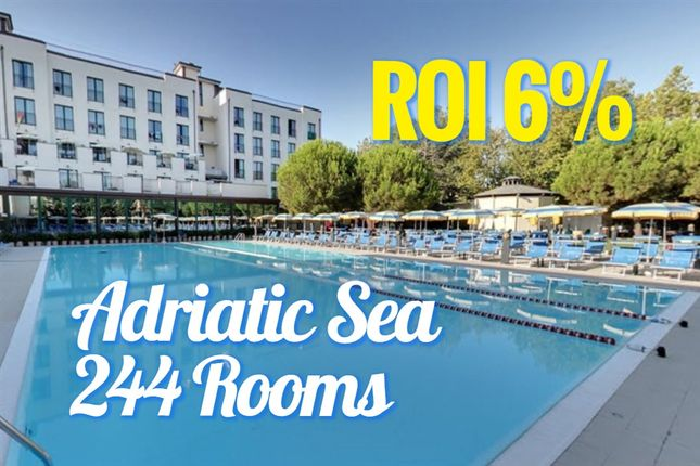Thumbnail Hotel/guest house for sale in Beach, Cattolica, Rimini, Emilia-Romagna, Italy