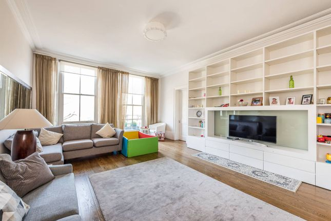 Thumbnail Flat to rent in Queens Gate, South Kensington, London