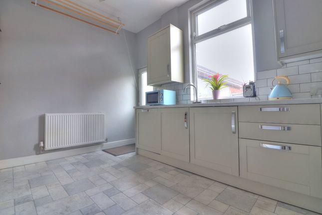 Kitchen of Coomassie Street, Radcliffe, Manchester M26