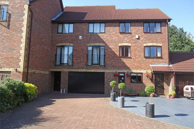Thumbnail Terraced house to rent in Redroofs Close, The Avenue, Beckenham