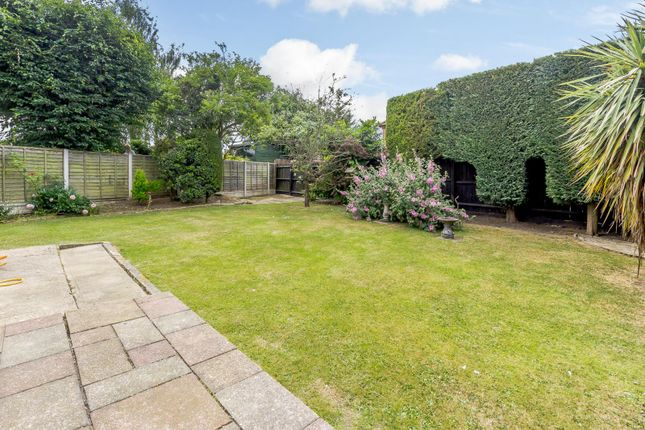Thumbnail Detached house for sale in Asquith Gardens, Benfleet