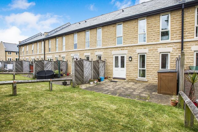 Thumbnail Terraced house to rent in Charlotte Close, Halifax