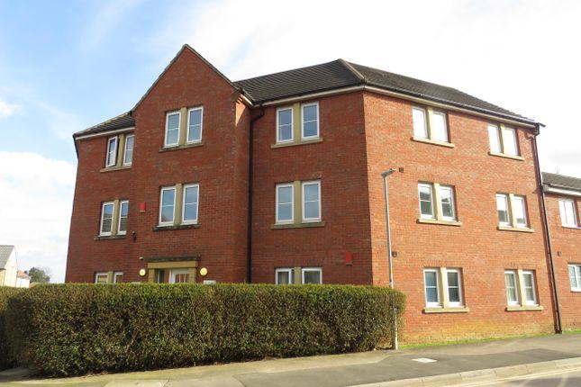 Thumbnail Flat to rent in Middlefield Road, Allington, Chippenham