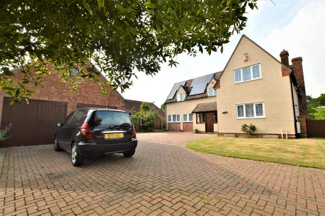 Thumbnail Cottage for sale in Braiswick, Colchester