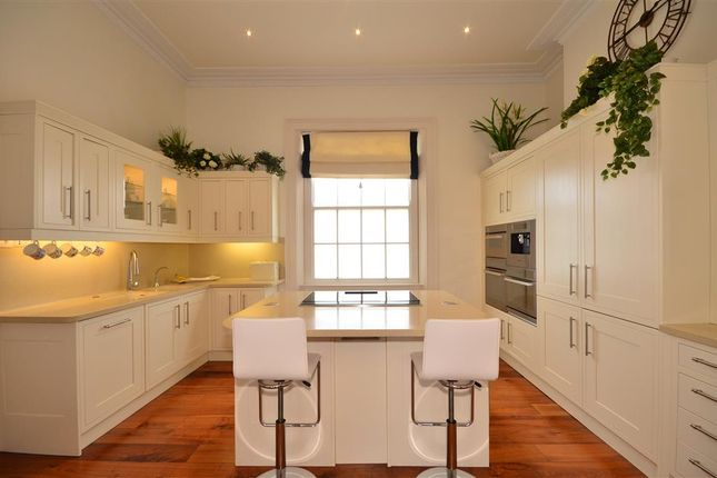 Thumbnail Town house for sale in Liverpool Terrace, Worthing, West Sussex