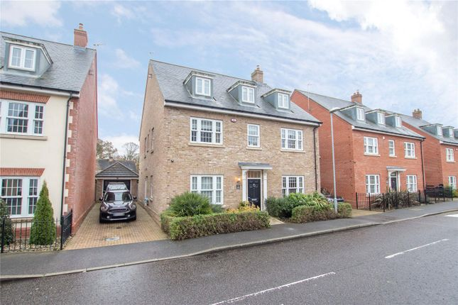 Thumbnail Detached house for sale in Kings Wood Park, Epping, Essex