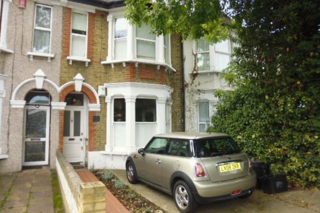 3 bed terraced house to rent in Waldegrave Road, Teddington TW11