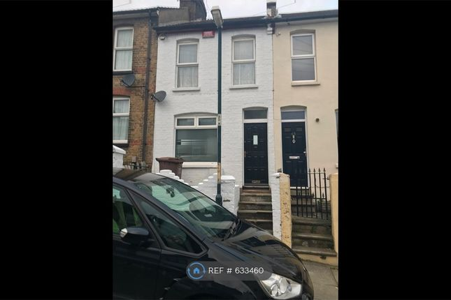 Thumbnail Terraced house to rent in Gordon Road, Kent