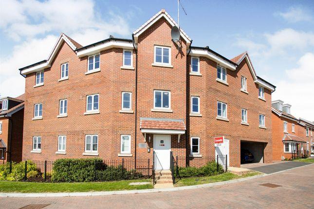 2 bed flat for sale in Pritchard Way, Amesbury, Salisbury SP4