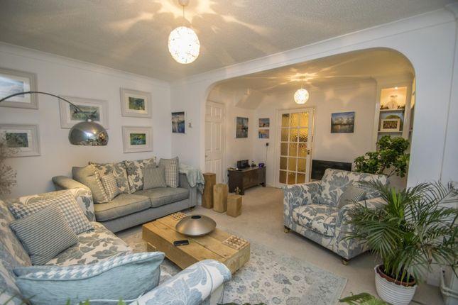 Sitting Room of Bensgrove Close, Woodcote, Reading RG8