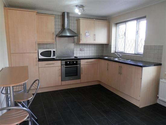 Thumbnail Property to rent in Glenview Close, Ribbleton, Preston