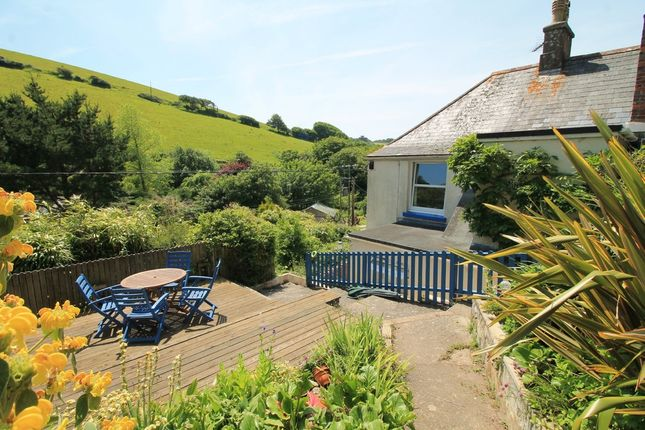 Thumbnail Cottage for sale in West Buckland, Kingsbridge
