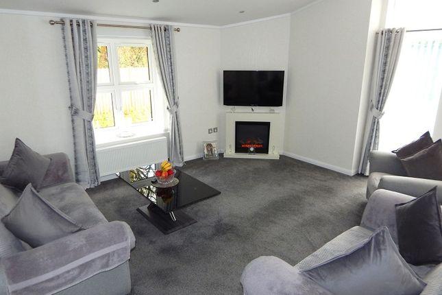 2 bedroom mobile/park home for sale in Cannisland Park, Parkmill, Swansea