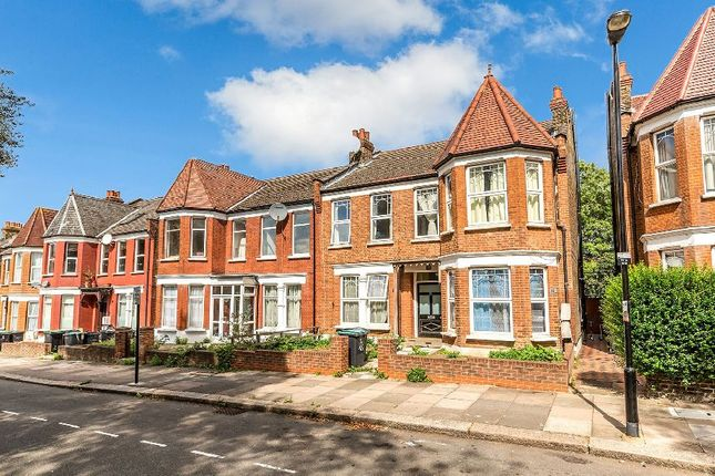 Thumbnail Property to rent in Woodside Road, London