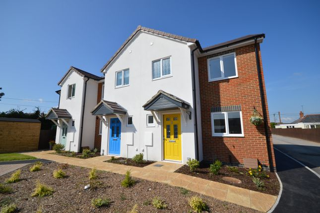 3 bed end terrace house to rent in Grays Orchard, Durrington, Salisbury SP4