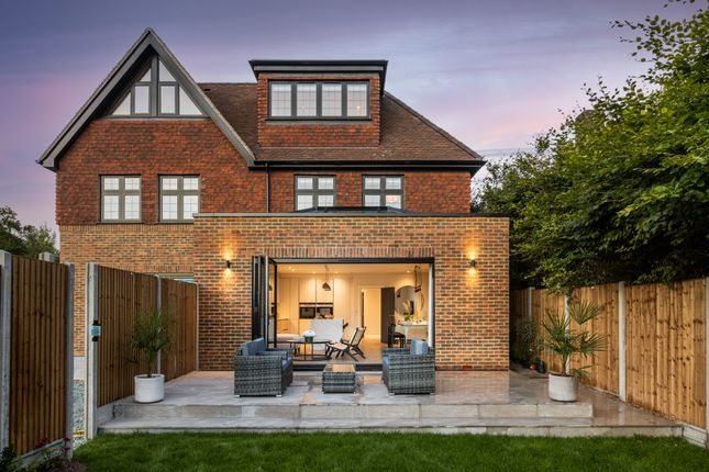 Thumbnail Semi-detached house for sale in Golf Side Mews, Coulsdon Court Road, Coulsdon