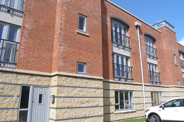 Thumbnail Block of flats to rent in Cantilever Gardens, Warrington