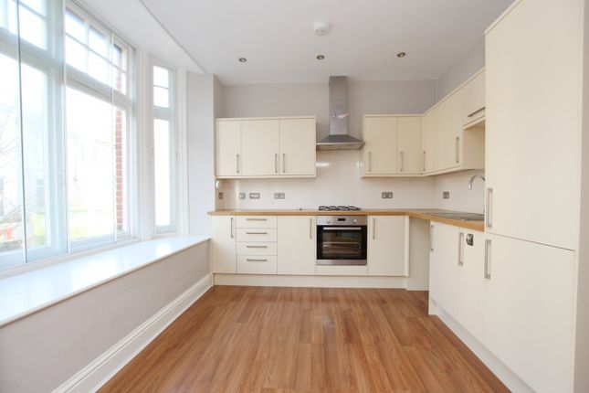Flat to rent in Lennox Mews, Chapel Road, Worthing