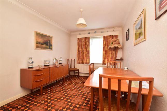 Dining Room / Bedroom 2