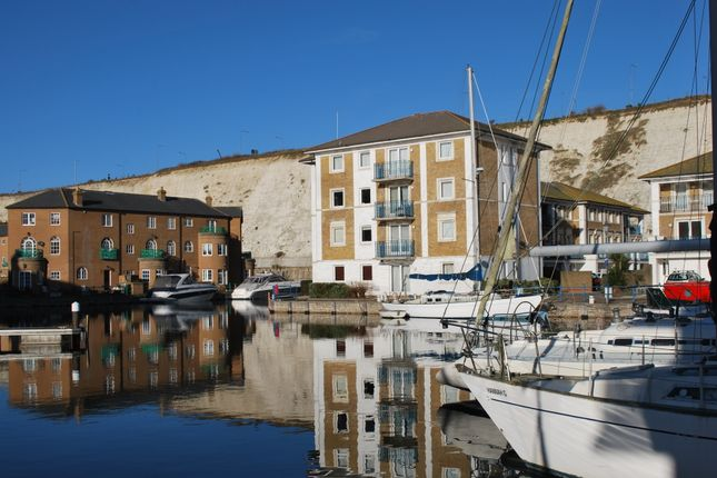 Thumbnail Flat for sale in Victory Mews, Brighton