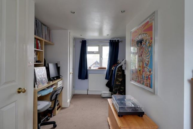 Bedroom 2 A of Park Road, London N2