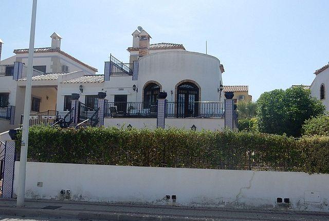 3 bed villa for sale in Algorfa, Alicante, Spain