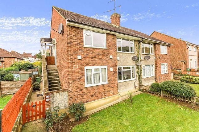 Thumbnail Flat for sale in Midhurst Hill, Bexleyheath