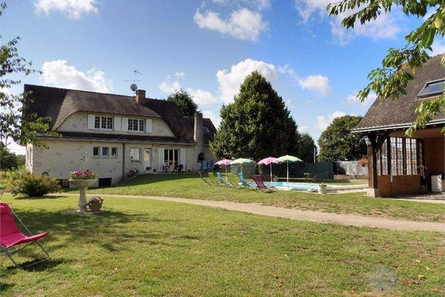 12 bed property for sale in Centre, Loir-Et-Cher, Blois