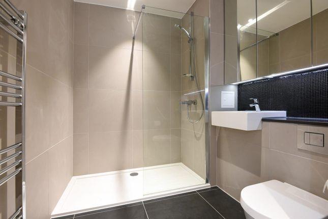 Bathroom of The Norton, John Harrison Way, Lower Riverside, Greenwich Peninsula SE10