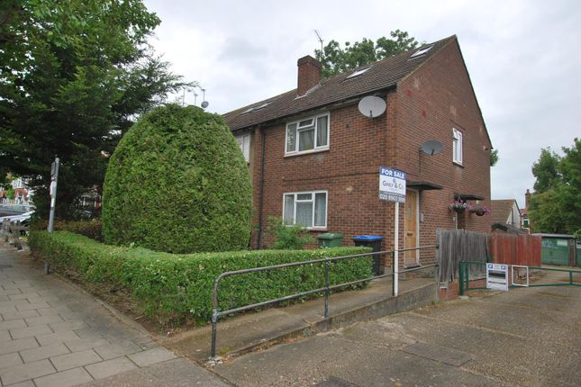 Thumbnail Flat for sale in Braemar Avenue, Wembley