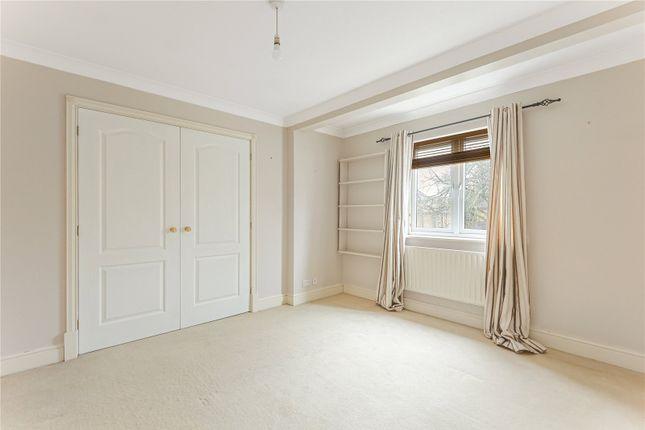 Bedroom of Northcourt Avenue, Reading, Berkshire RG2