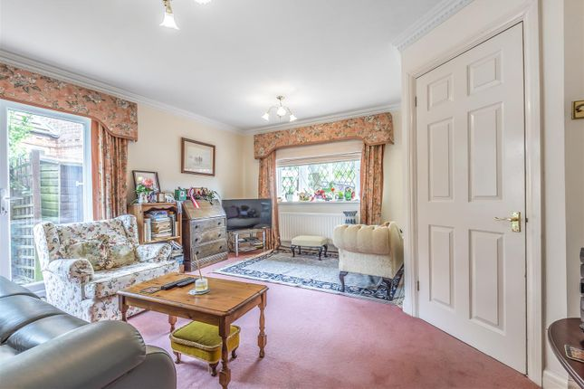 597650 (11) of Thornleas Place, East Horsley, Leatherhead KT24