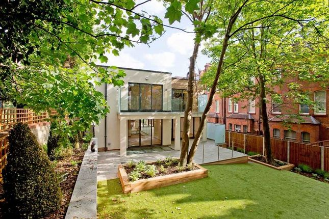 Thumbnail Property to rent in Netherhall Gardens, Hampstead