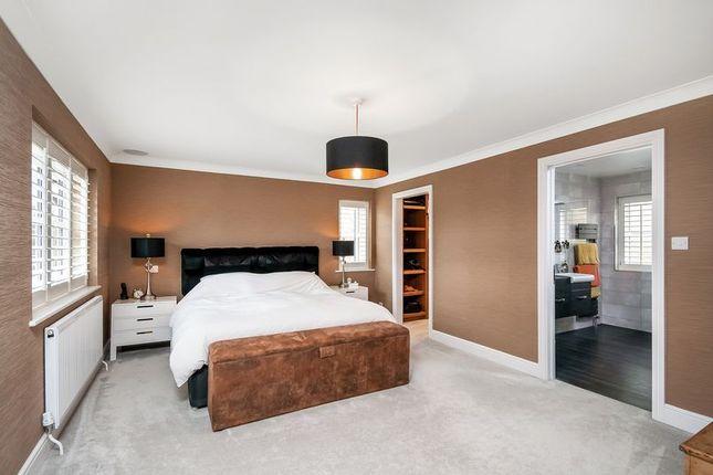 Bedroom 1 of Michelmersh, Romsey, Hampshire SO51
