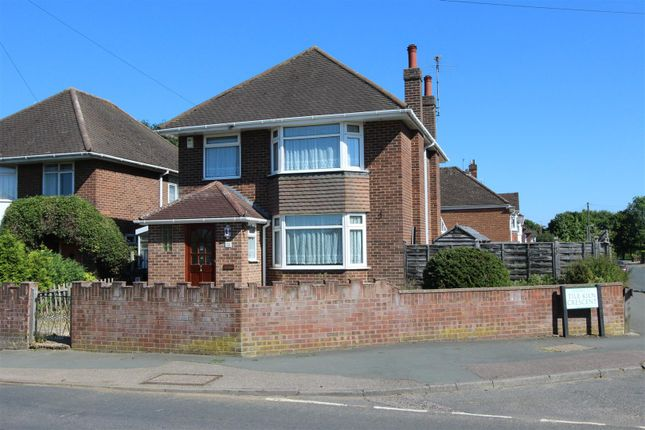 Thumbnail Detached house for sale in Tile Kiln Lane, Leverstock Green, Hertfordshire