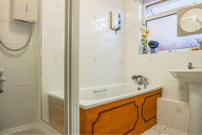 Bathroom of East Street, Bicester OX26