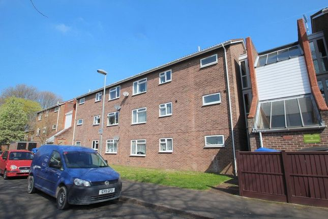 2 bed flat for sale in Russell Street, Norwich
