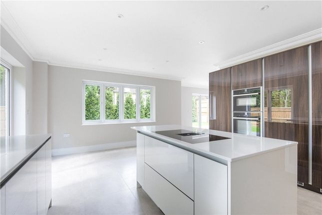 Picture No. 19 of Middleton Road, Camberley, Surrey GU15