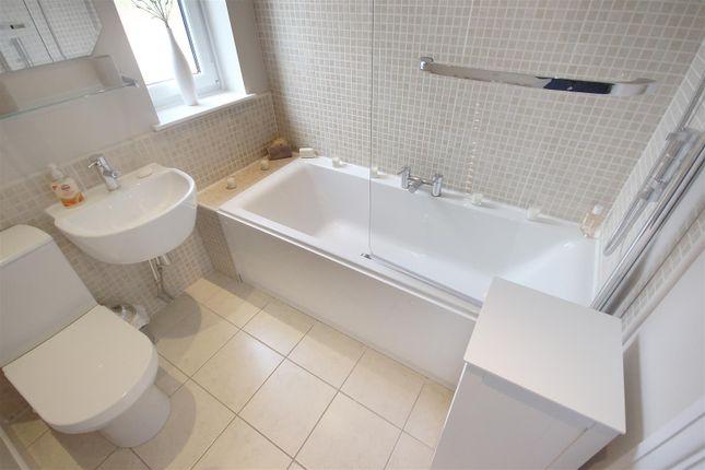 Bathroom of Hollybank Road, Sheffield S12