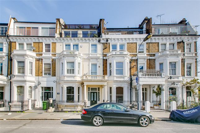 Thumbnail Flat for sale in Sinclair Gardens, London