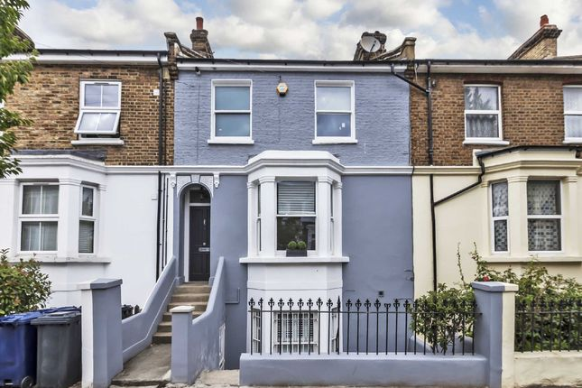 Thumbnail Flat for sale in Chaucer Road, London