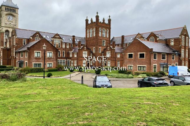 Thumbnail 3 bed flat for sale in Royal Connaught Drive, Bushey