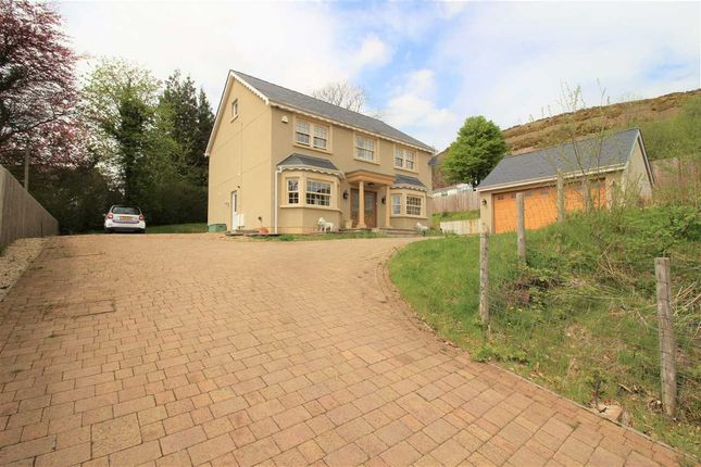 Thumbnail Detached house for sale in Primrose Hill, Pentre