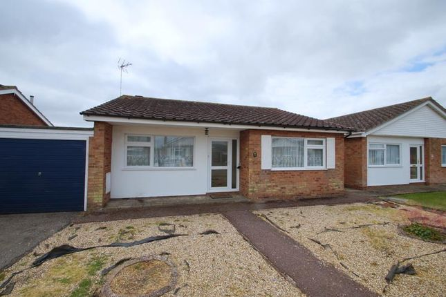 Thumbnail Bungalow to rent in Orchard Drive, Great Holland, Frinton-On-Sea