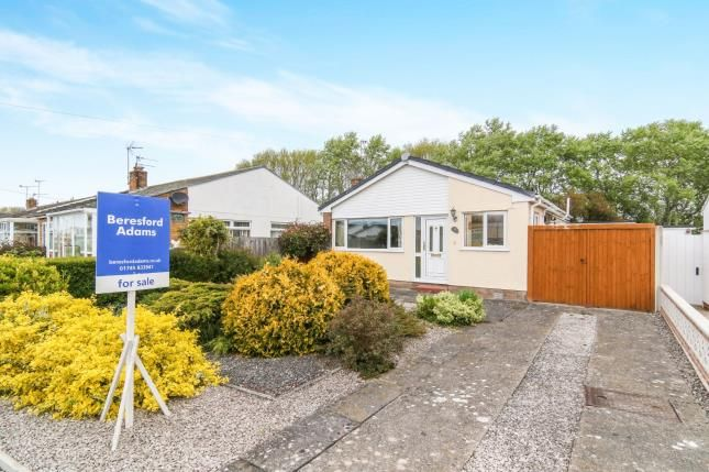 Thumbnail Bungalow for sale in Llys Charles, Towyn, Abergele, Conwy