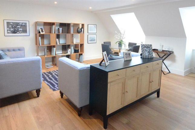 Thumbnail Flat to rent in Havelock Road, Wokingham