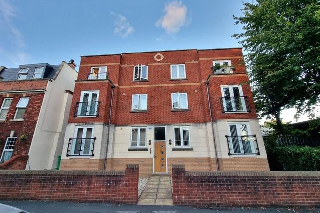 Thumbnail Flat to rent in St. Andrews Road, Avonmouth, Bristol