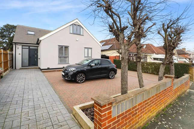 5 bed detached house for sale in Orchard Avenue, Belvedere, Kent DA17