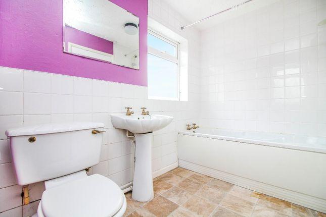 ,Bathroom of Wansbeck Road, Dudley, Cramlington NE23
